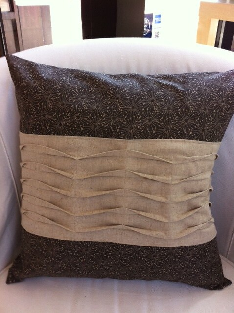 pin-tuck panel pillow class