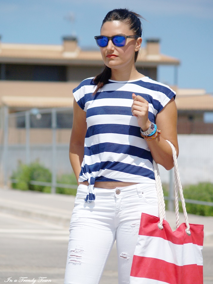 OUTFIT SAILOR LOOK