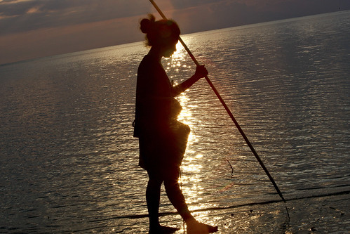 ocean travel sunset canon fishing women photojournalism environment journalism sustainable dili timorleste