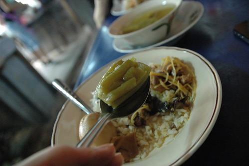ご飯と炒め物2種