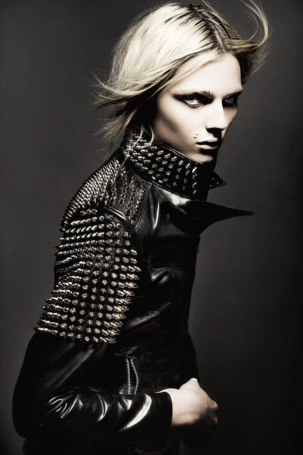 Andrej Pejic0600_Ph Mathew Guido