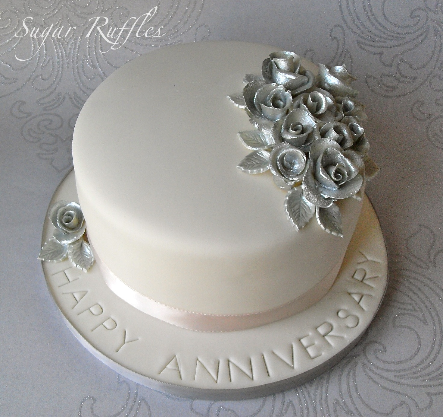 Silver wedding anniversary cake flickr photo sharing for Anniversary cake decoration