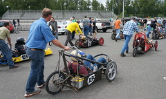 go-kart(0.0), endurance sports(0.0), motorcycle(0.0), motorcycling(0.0), race track(0.0), motorcycle speedway(0.0), bicycle(0.0), automobile(1.0), kart racing(1.0), racing(1.0), vehicle(1.0), sports(1.0), race(1.0), motorsport(1.0),