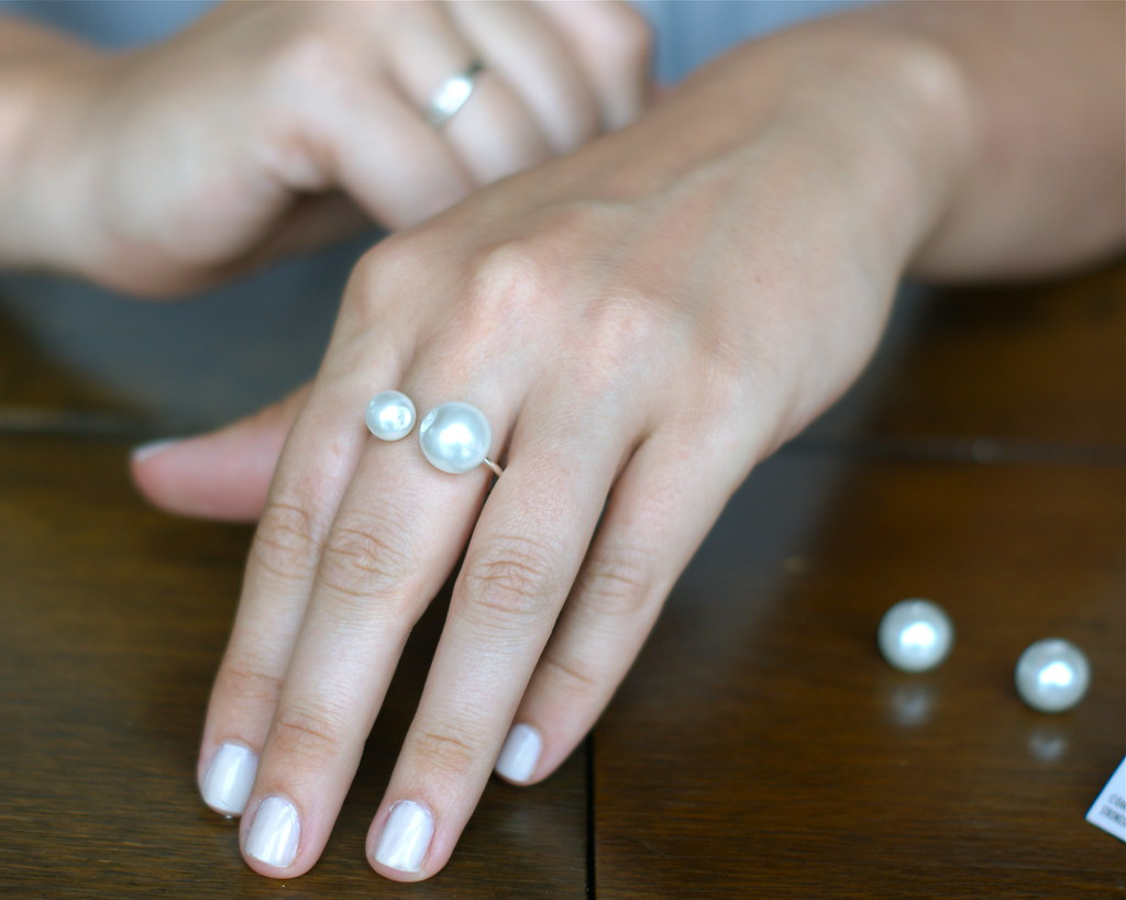 asymmetrical pearl ring DIY