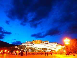 夜のポタラ宮