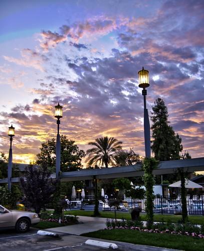 california ca sunset vacation pool cali palms hotel inn hdr visalia visaliaca lampliterinn lampliter esmithiii esmithiii2003
