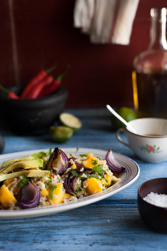 Salada de arroz integral e manga
