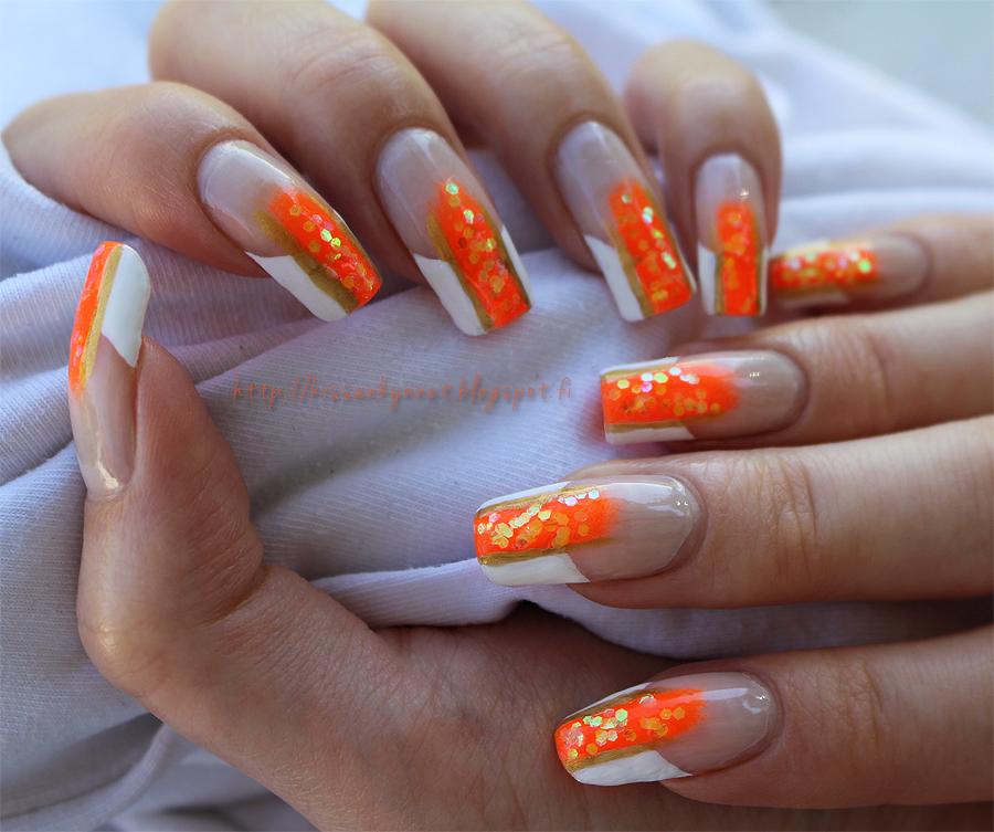 Orange_Glitter_French_manicure