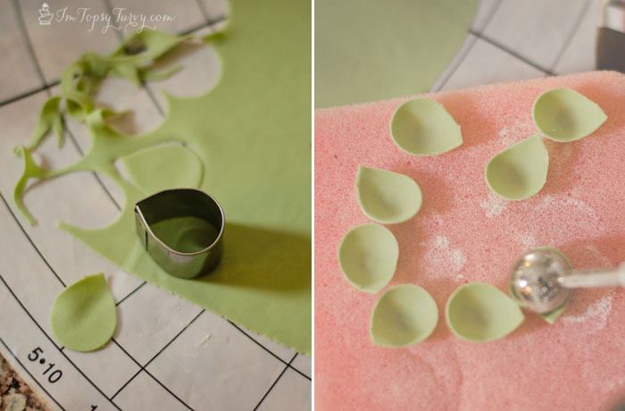 gumpaste-ranunculus-tutorial-center-petals