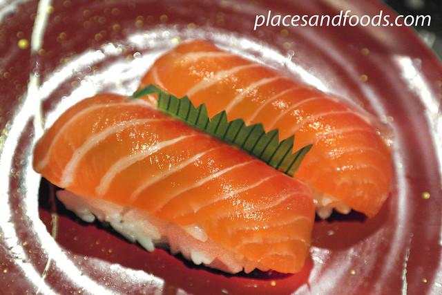 sushi rio salmon sushi