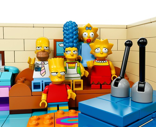 71005 LEGO Minifigures The LEGO Simpsons Series The Simpsons House figs