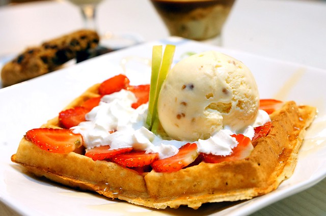 Waffles, ice cream, affrogato New Zealand Natural, The Curve-004
