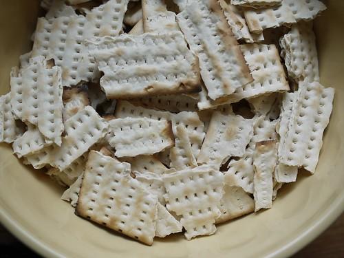 Matzo brei - Crumbled matzos