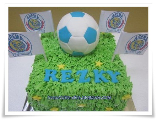 Soccer Cake - Arema by DiFa Cakes