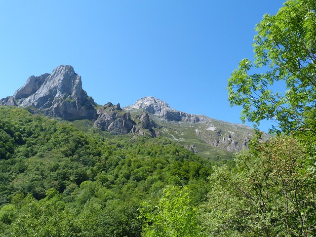 Picos de Europa desde Espinama (Valle de Liébana, Cantabria)