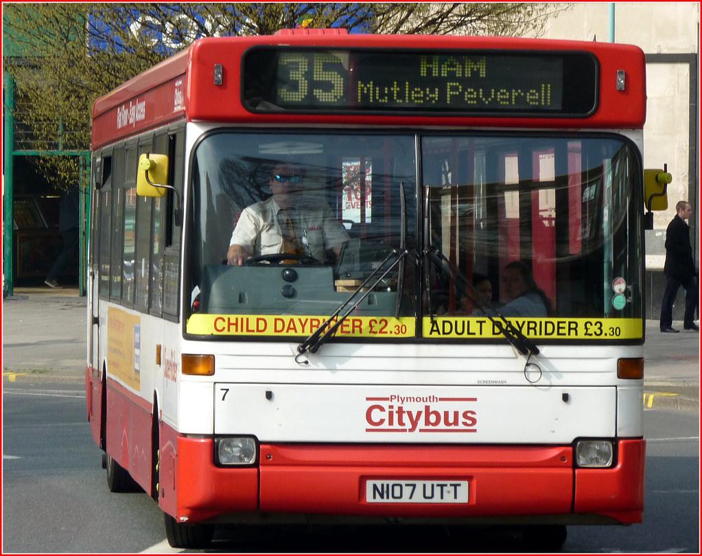 Plymouth Citybus 007 N107UTT