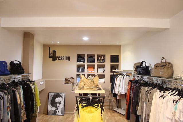 le dressing d p t vente v tements et accessoires 8 rue de l 39 epine strasbourg france. Black Bedroom Furniture Sets. Home Design Ideas