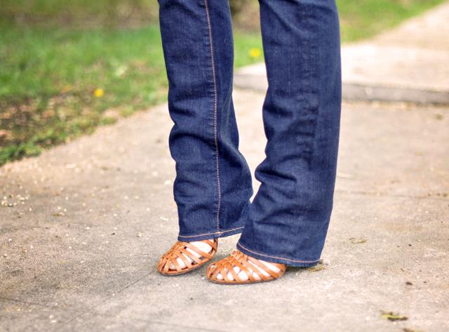 straight leg jeans - modern vintage heels