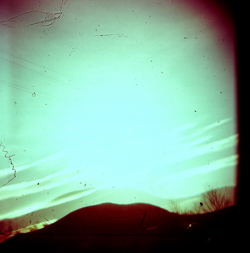 HOlga- Morning Looking into the Sun by sbknite