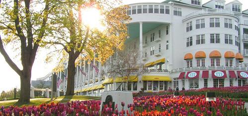 Grand Motel