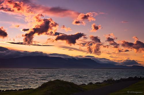clouds sunrise happy iceland dancing joy esja daybreak ský gleði sólarupprás dansandi dagrenning hphson sonyslta55 sólris morgunsár