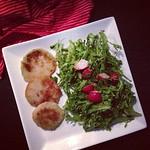 kohlrabi-schnitzel und salat