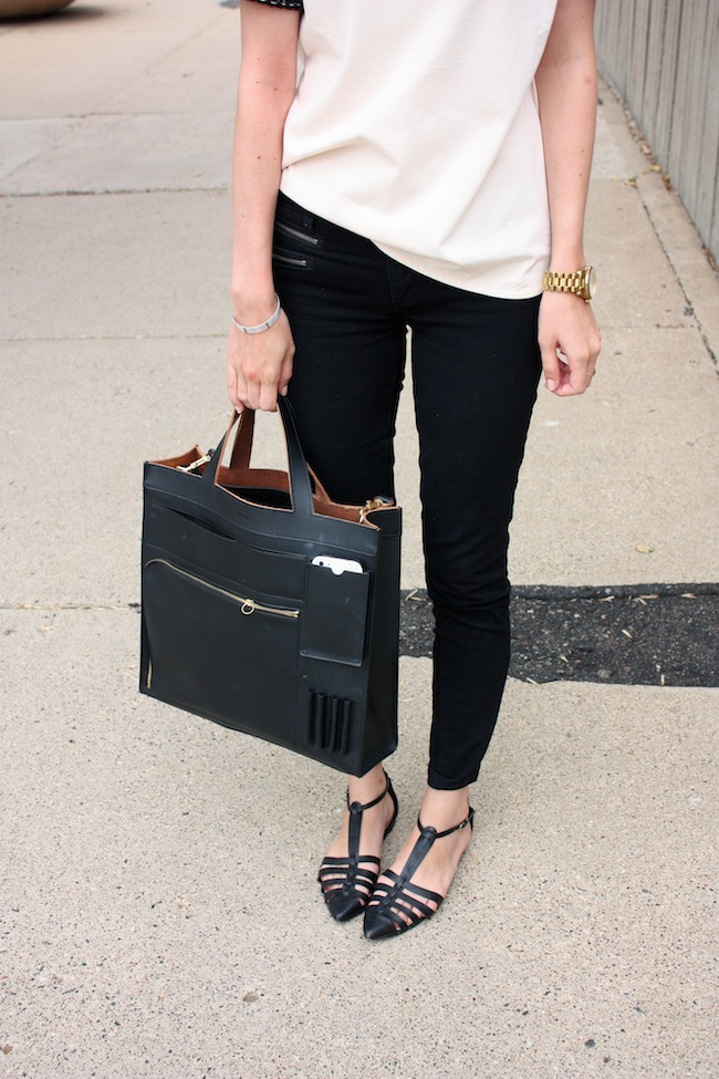 chelsea+lane+zipped+blog+minneapolis+fashion+style+blogger+jcrew+tweed+tee+justfab+signature+skinny+zipper+leona+sandals+kate+spade+saturday+inside+out+tote3