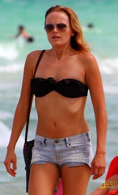 Photo Malin akerman in bikini