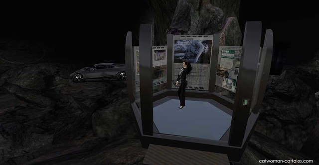 Selina Kyle in the Batcave: Hexagonal Data Well