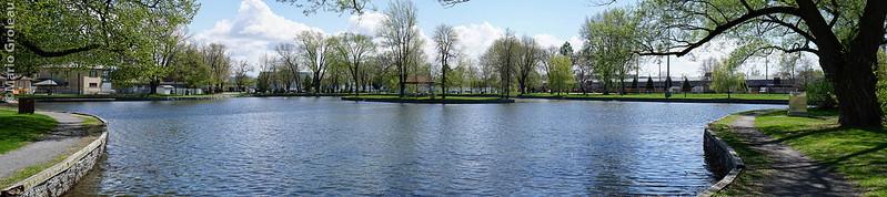 L'étang du parc PI-XII