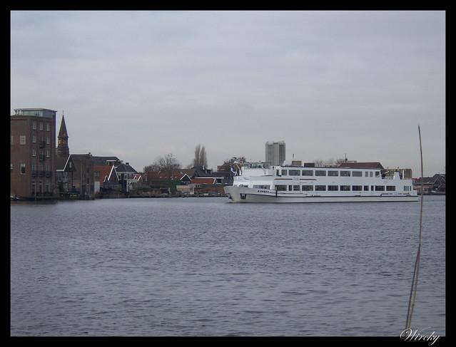 Excursión en barco por el río Zaan