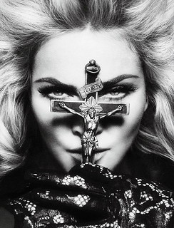 20100528-madonna-interview-magazine-alternate-cover-no-logo