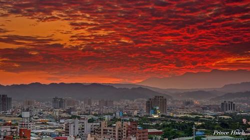 clouds sunrise taiwan myhome 台中市 taichungcity 晨彩 sonya850 sony2470za 我家出水口