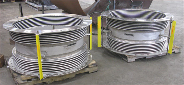 "42"" Dia. Stainless Steel Expansion Joints for an Offshore Application"