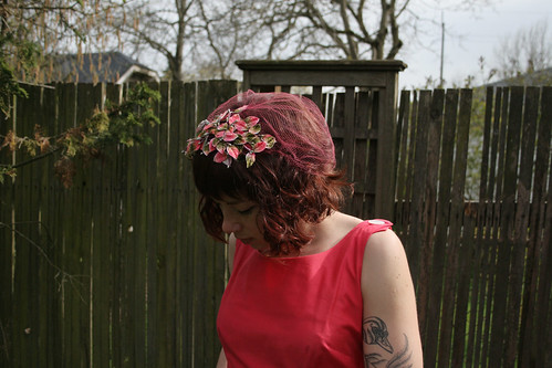 1950s Flocked Floral Headpiece