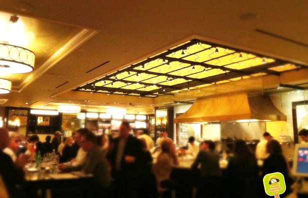 The-plaza-food-hall-by-todd-english-2