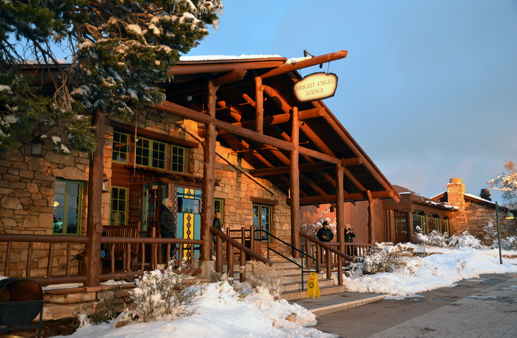 Grand Canyon National Park: Bright Angel Lodge in Winter 2853