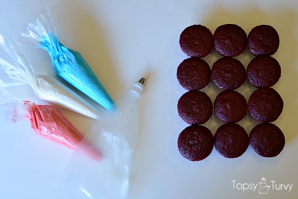 fourth-of-july-firework-cupcakes-prep