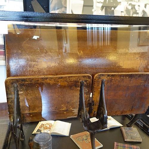 ウォルトの使った机。
