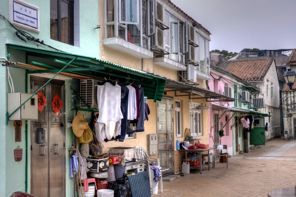 Pretty pastel houses in Macau 2