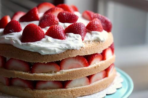 Images Of Strawberry Cream Cake : Strawberry Cream Cake