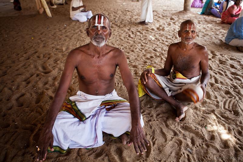 Hindu devotees in a temple in Tiruchirapalli