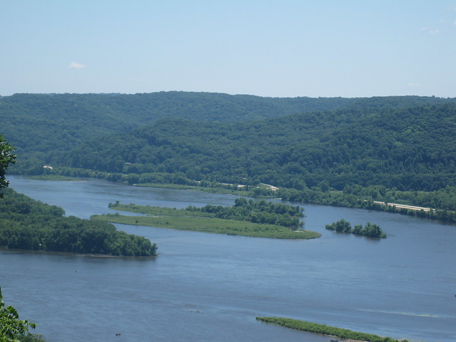 Mobile Islands near Trempealeau, Wisconsin. Photo by A. Jefferson, June 2011