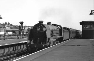 Sir Harry Heads For Southampton - 30803