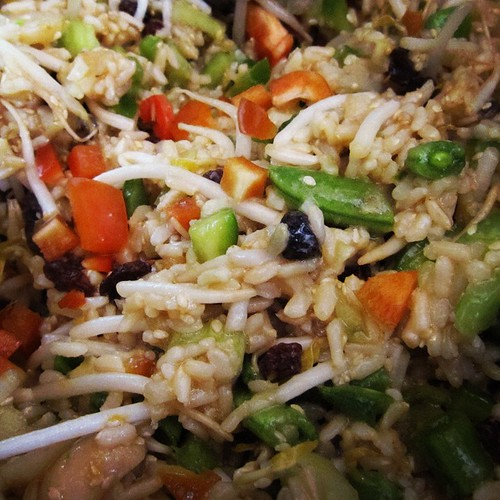 http://www.girlsgonechild.net/2012/06/eat-well-indonesian-rice-salad-with.html