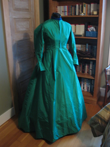 1868 Green Silk - Front - Untrimmed - No Flash