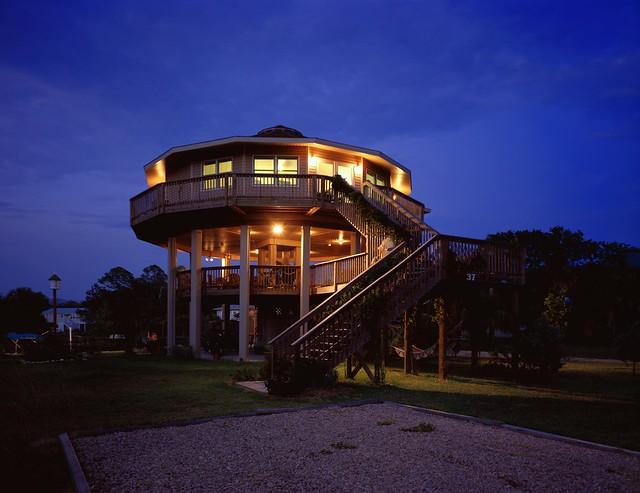 Exterior View of a Deltec Home - Port Charlotte, Florida - Savannah ...