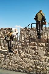The Humanities of Jerusalem streets-哭墙 守卫者