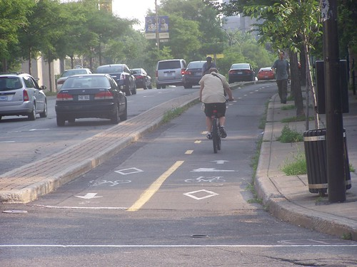 Cycle track (piste cyclable) in Montreal