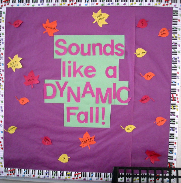 Autumn Bulletin Board Titles http://www.flickr.com/photos/broadway4me/5297760894/